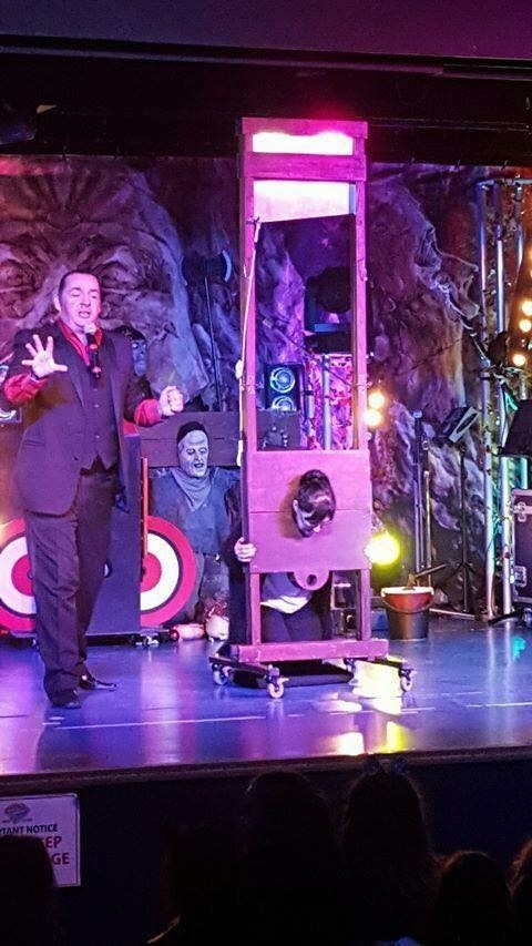 comedy magic show in liverpool, close up magic in london, illusionist in manchester, magician in manchester